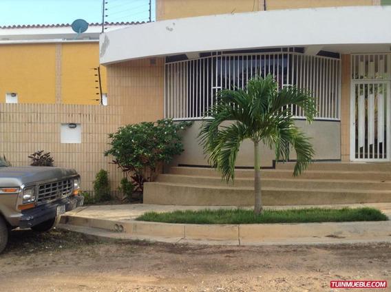Townhouses En Venta El Parral Om 19-2568