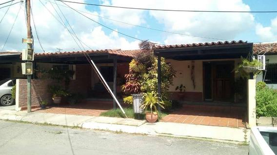 Se Vende Bella Casa En Yaritagua Cs