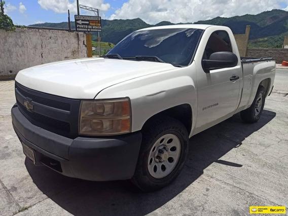 Chevrolet Silverado Pickup 4x2