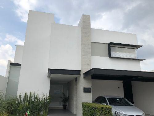 Venta De Casa En Querétaro - Pedregal De Vista Hermosa
