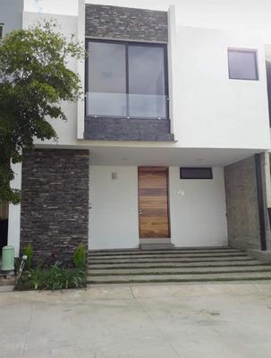 Renta Casa En Zona Captal Norte, Zapopan