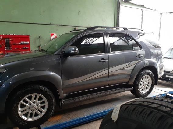 Toyota Sw4 3.0 Srv Cuero I 171cv 4x4 5at 2012