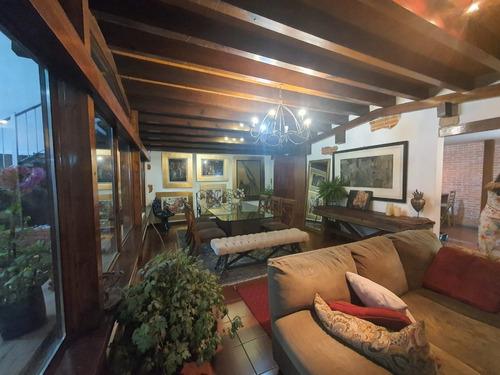 Imagen 1 de 14 de Hermosa Casa Tipo Chalet Venta Cerca Plaza Coyoacán
