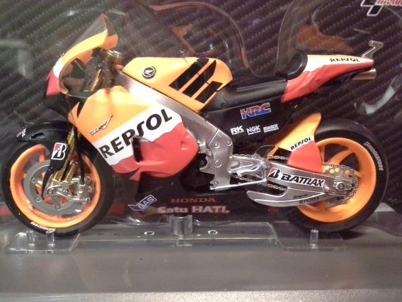 Miniatura Motogp Honda Rc213v Pedrosa 26 2012 1:18 (11 Cm)