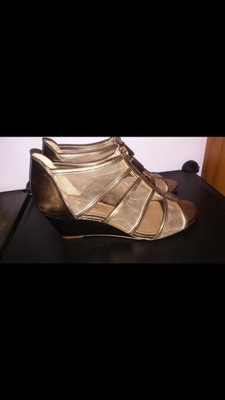 Sandalias De Dama Talla 8 23$ Doradas