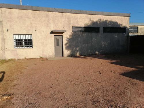 Muy Buen Local Sobre Avda. Mendoza Prox. Cap. Tula