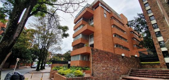 En Venta Apartamento Duplex En El Nogal Mls 20-963 Fr
