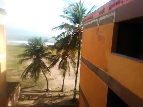 Apartamento De Playa Económico Amoblado