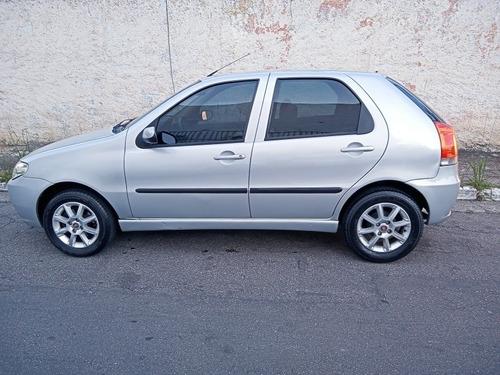 Imagem 1 de 6 de Fiat Palio 2006 1.8 Hlx Flex 5p