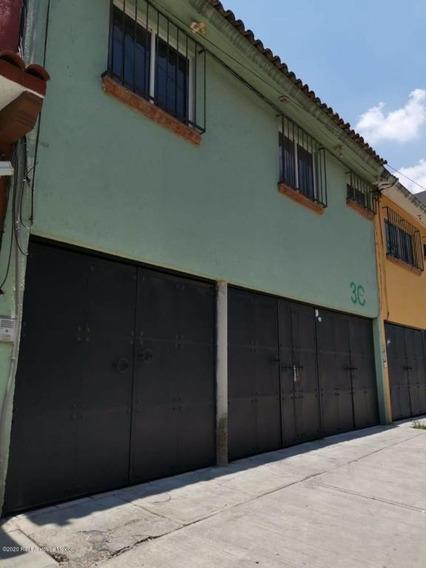Departamento En Renta En El Calvario, Atizapan De Zaragoza, Rah-mx-21-861
