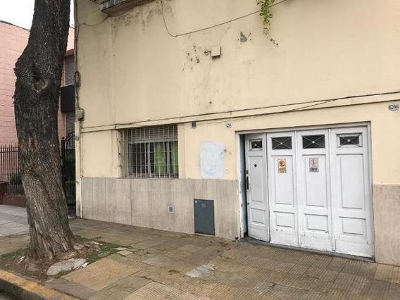 Hidalgo 1200 Pb Villa Crespo 2 Amb C/garage, Patio, Lavadero, Altillo A Reciclar. Bajas Expensas.