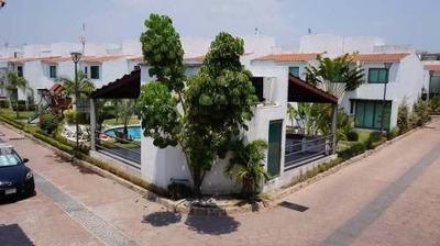 Hermosa Casa En Residencial El Palmar, Morelos