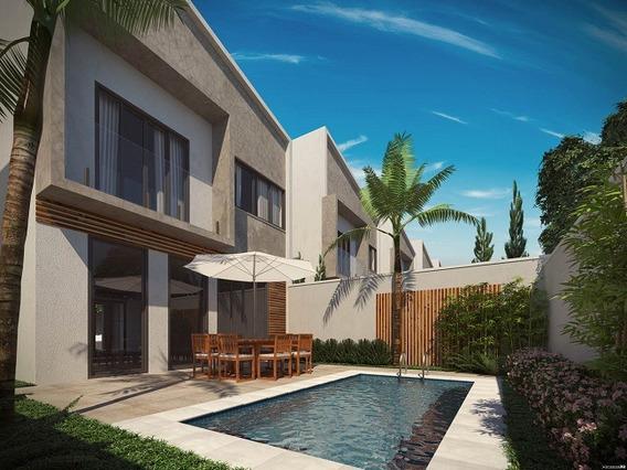 Casa Com 3 Quartos Para Comprar No Residencial Morumbí Em Poços De Caldas/mg - 2237