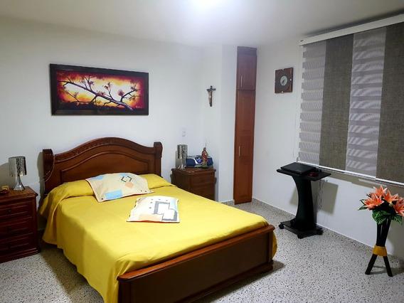 Se Vende Casa, Felipe Hechavarria
