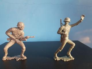 Figuras Soldados De Plastico Duro