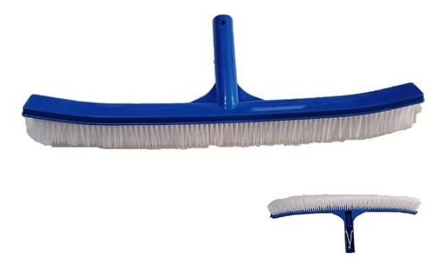 Imagen 1 de 3 de Cepillo Curvo 18 In Cerdas De Nylon  Para Alberca Piscina Plástico