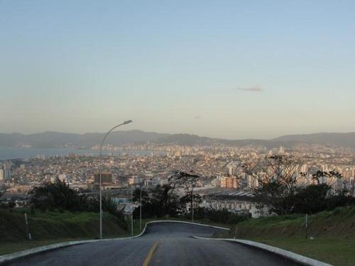Imagem 1 de 6 de Terreno No Bairro São José - Te0193