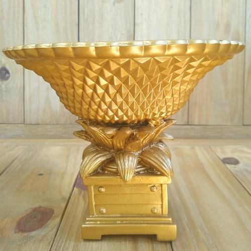 Imagem 1 de 3 de Kit Com 2 Vasos Realeza Em Resina