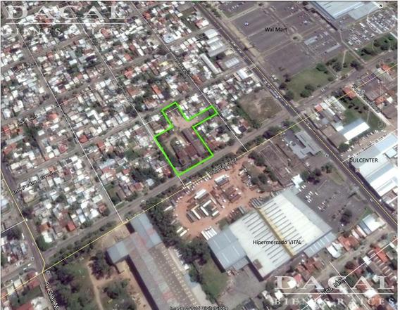 Galpon En Venta/ Alquiler En Quilmes Calle Argentino Roca Y Rodolfo Lopez Dacal Bienes Raices