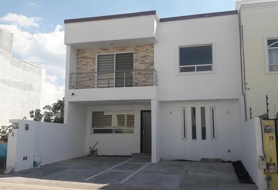 Bonita Casa Nueva Fracc. El Mirador
