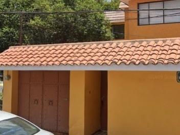Casa En Venta En Valle De Los Pinos