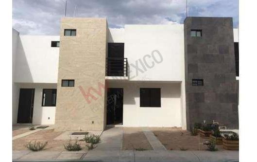 Casa En Venta En Privada Centrica Excelente Ubicacion Recamara Planta Baja