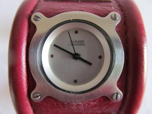 Lindo Relógio Bracelete Chilli Beans Arte Som