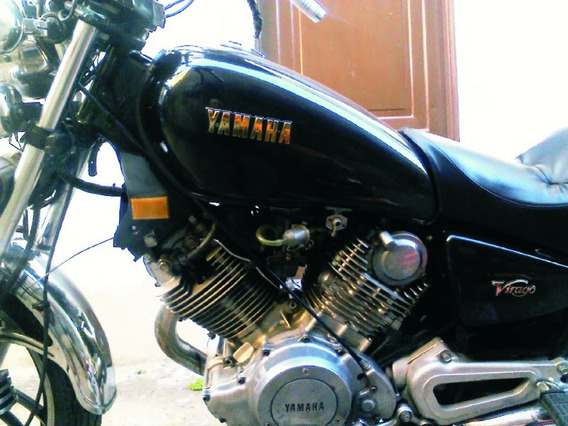 Yamaha 750 Gris Oscuro Perlado