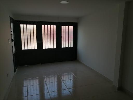 Casas En Venta La Enea 915-1100