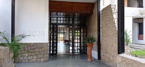 Apartamento En Venta San Jacinto- Maracay 21-7917hcc