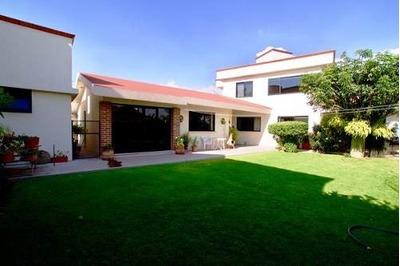 Casa En Venta 4 Habitaciones En Villas De Irapuato