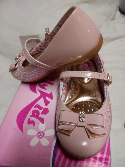 Sapato Infantil Novo Rosa Em Verniz Tam.26
