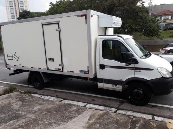 Iveco Daily Bau Refrigerado (caminhão)