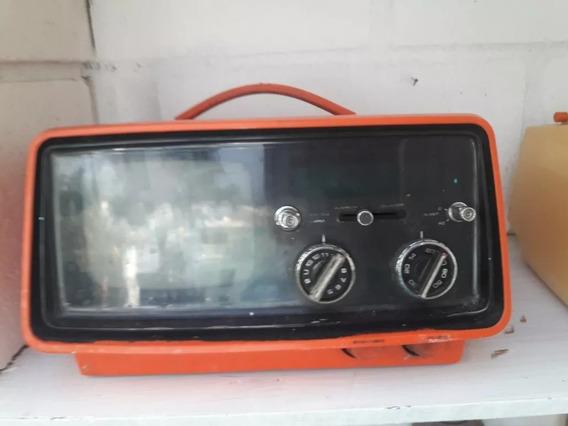 Televisão Sharp Antiga , O Barateiro