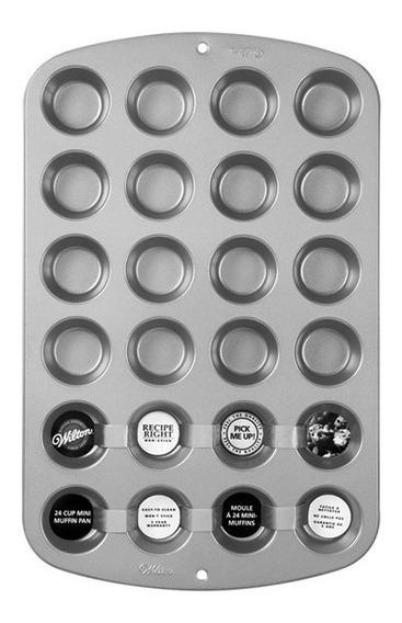 Molde Cupcakes Mini X 24 Wilton 2105-914