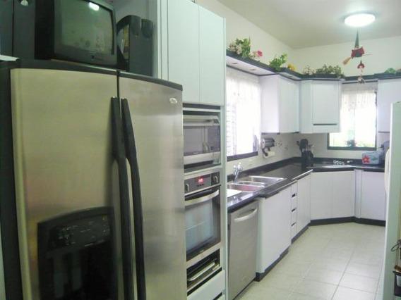 Casa En Venta Altos De Guataparo Valencia Cod 18-9856 Gz