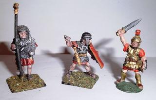 Tres Miniaturas Soldaditos De Plomo Pintados De Colección