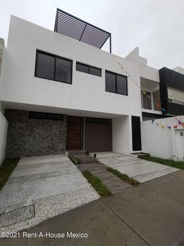 Imagen 1 de 14 de Qh5 641 Casa 3 Rec., Roof Garden El Refugio Querétaro