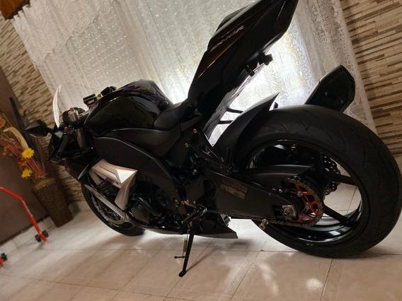Kawasaki Ninja Zx10r 1000cc Negra Inmaculada.