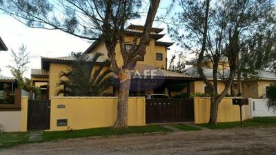 Linda Casa De 4 Quartos Sendo 1 Suite Em Condomínio Do Lado Praia Em Unamar-cabo Frio!!! - Ca1150