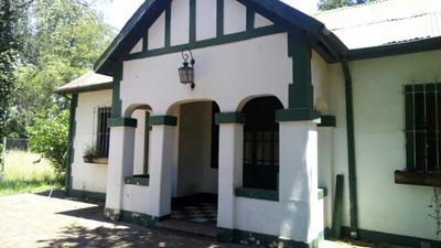 Antigua Casona En Villa Zapiola