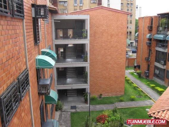 Apartamento De 75mts2 En Maracay.gbf19-10806