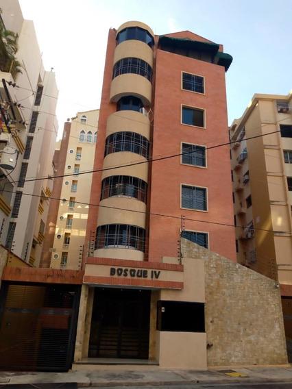 Apartamento En El Bosque. 0414-4546558