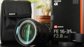 Lente Sony Fe 16-35mm F/1.8 Gm Sel1635gm Semi Nova