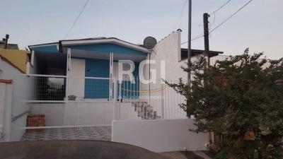 Casa Em Rubem Berta Com 2 Dormitórios - Ot5751