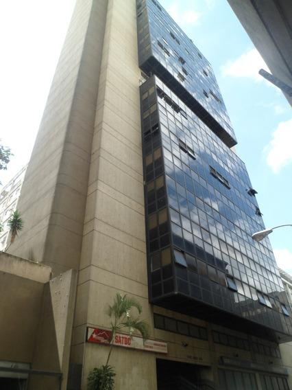 Amplia Oficina En El Centro De Caracas