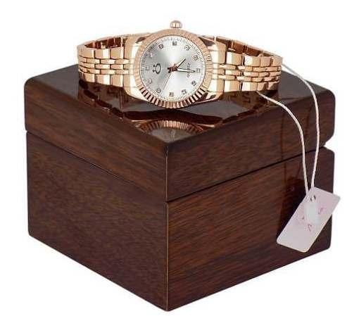 Relógio Feminino Limited Edition Com Caixa De Colar Madeira,