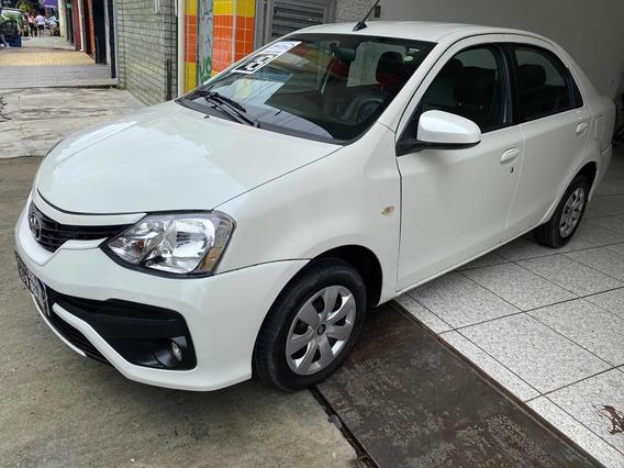 Toyota Etios Sedán 1.5 Xs Automático