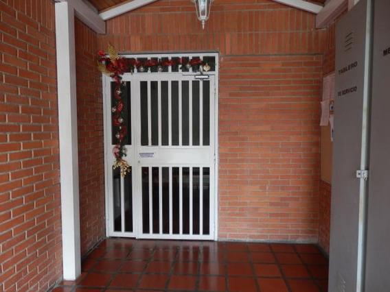 Apartamento En Venta Chucho Briceño Cabudare 20 22071 J&m