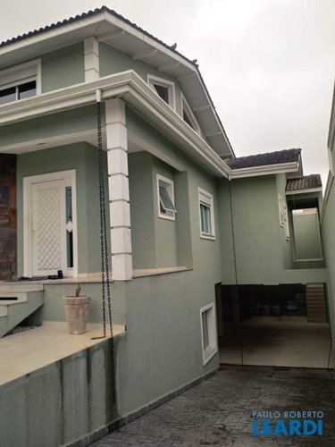 Imagem 1 de 11 de Casa Assobradada - Arujá Centro Residencial - Sp - 635005